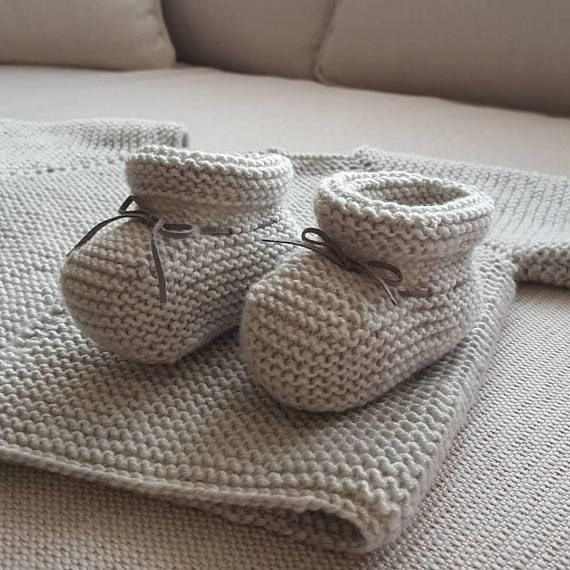 Check out this item in my Etsy shop https://www.etsy.com/listing/568028376/baby-socks-knit-gray-baby-booties-baby