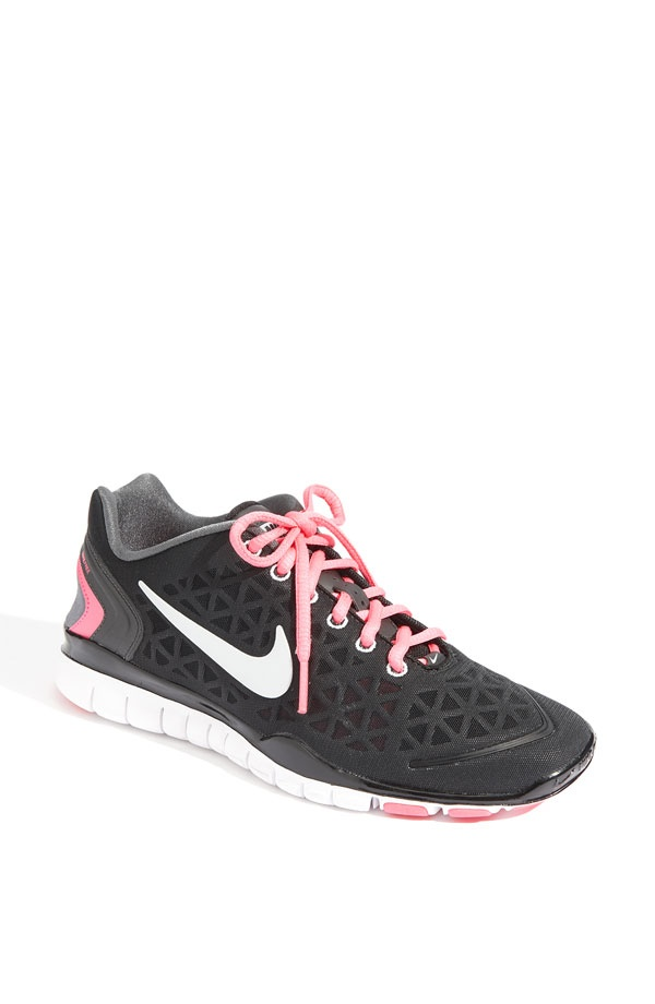 Love these pink Nike's! Want these Maybe they will motivate me to work out  more!
