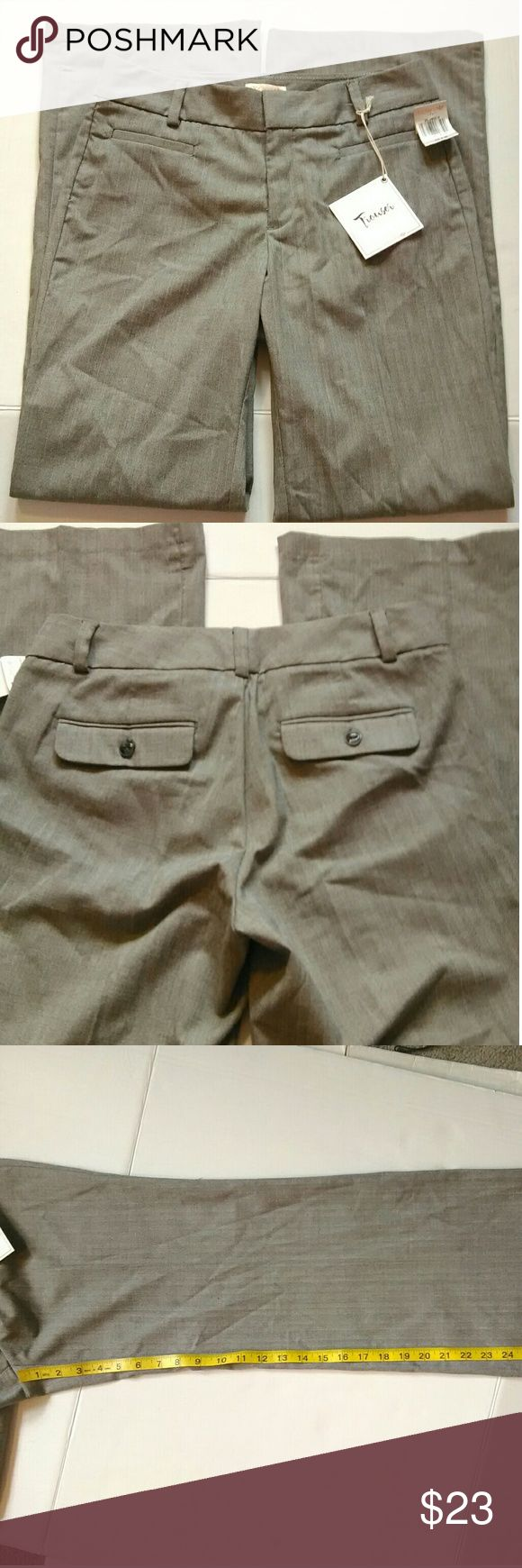 Women's Dockers gray trousers career work pants Size 6m,  metal clasp, button,  front pockets, fabric piling at bottom hem of pants Dockers Pants Trousers