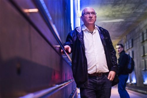 Na 3 maanden participatief onderzoek ronden de Belgische transitiedenker Michel Bauwens en projectmanager Yurek Onzia hun studie af naar de mogelijkheden en rol van Gent als commonsstad van de toekomst. Gent is de eerste stad ter wereld die, op basis van de expertise van Michel Bauwens op het gebied van de mondiale commons, specifiek vroeg om een Commons Transitie Plan.