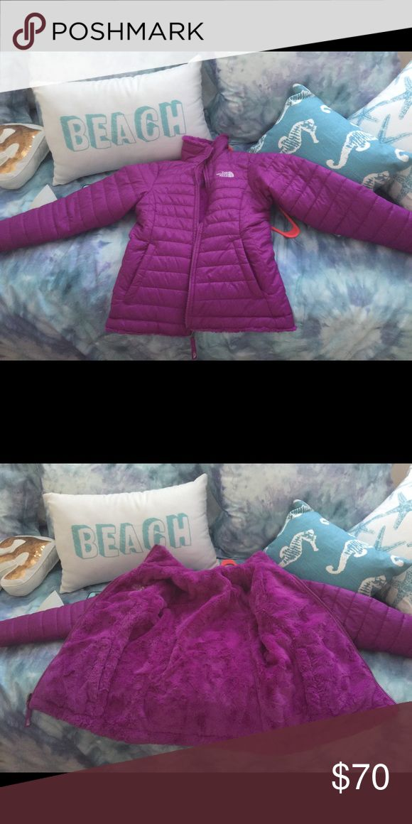 Girls The North Face reversible jacket. Size 10/12 Girls The North Face reversible jacket. Size 10/12 The North Face Jackets & Coats Puffers