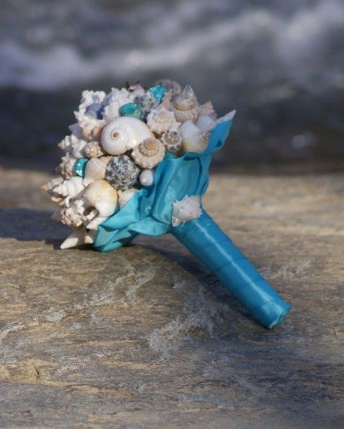 56 Stunning Beach Wedding Bouquets | Weddingomania