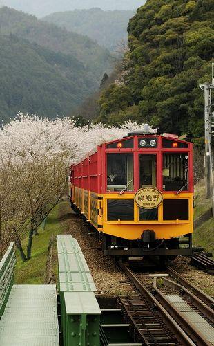 Sagano Scenic #Railway、#Kyoto, #Japan