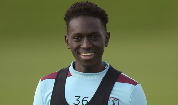 Arsenal consider swoop for West Ham midfielder Domingos Quina - report   via Arsenal FC - Latest news gossip and videos http://ift.tt/2ue5y1E  Arsenal FC - Latest news gossip and videos IFTTT