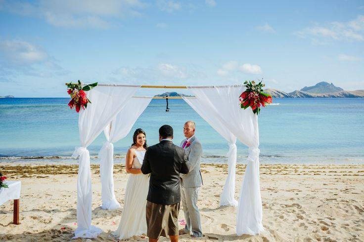 Nisha and Josh – Sheraton Resort and Spa, Tokoriki Island, Fiji. Image by Nadi Bay Photography