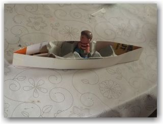 PEACE: CRAFT - DIY Boat made from egg carton, cardboard, and masking tape. Paint to look pretty.