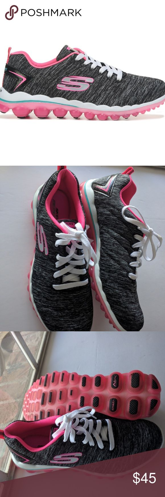 Like New Sketcher Women's Skech-AIR 2.0 Size 8 Only used once. Look brand new. Very comfortable shoes. Skechers Shoes Sneakers