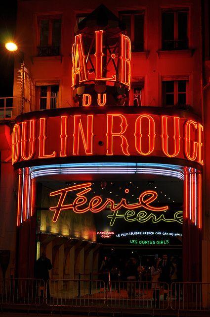 Moulin Rouge, Pigalle, 82 Boulevard de Clichy, Paris XVIII