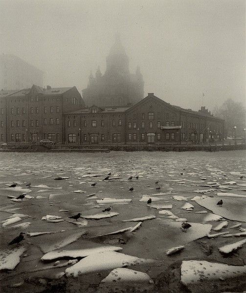 Pentti Sammallahti, Broken Ice, Helsinki, 2000