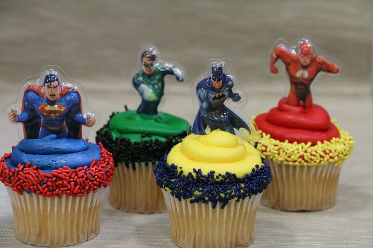 Justice League cupcake toppers!