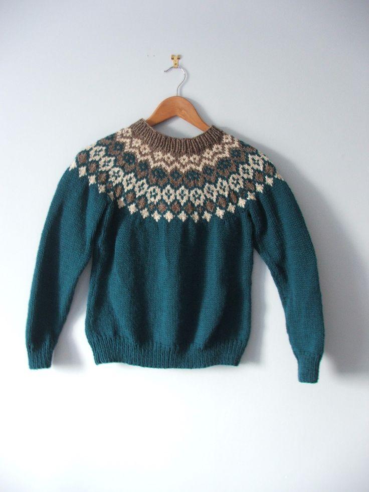 Best 25+ Patons wool ideas on Pinterest   Simple knitting, Simple ...