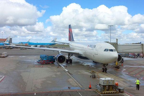 """Delta Targets Jennifer Aniston in Latest Open Skies Salvo  <i>PHOTO: Delta Air Lines Airbus A330-200 in Amsterdam, Netherlands. (photo by Jason Leppert)</i><p>""""There's a battle being fought for our skies and most …  http://www.travelpulse.com/news/airlines/delta-targets-jennifer-aniston-in-latest-open-skies-salvo.html"""