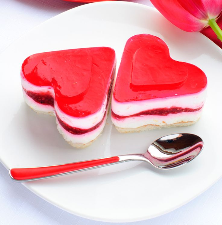 Tarta de queso fácil en forma de corazón para San Valentín - Recetín