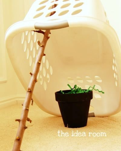 St. Patrick's Day Leprechaun Trap and Pot of Gold Tradition via Amy Huntley (The Idea Room): St. Patties, Cute Ideas, St. Patrick'S Day, Leprechaun Traps, Pots Of Gold, St Patrick'S Day, Kid, Gold Coins, Gold Hunt'S