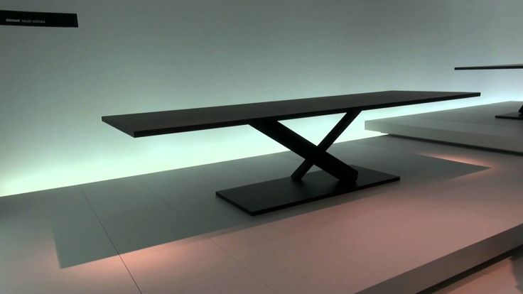 #Desalto: una collezione di tavolini in bilico...iSaloni 2013