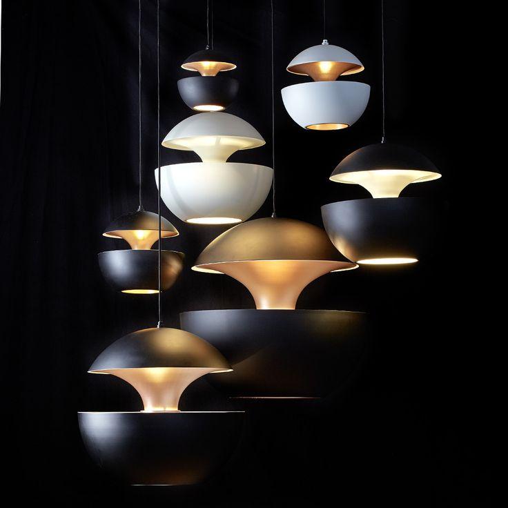 Weiße Kugel-Hängeleuchten Sixties-Design HERE COMES THE SUN *Die Hängeleuchten machen sich auch in Gruppen arrangiert und schwarz/weiß kombiniert