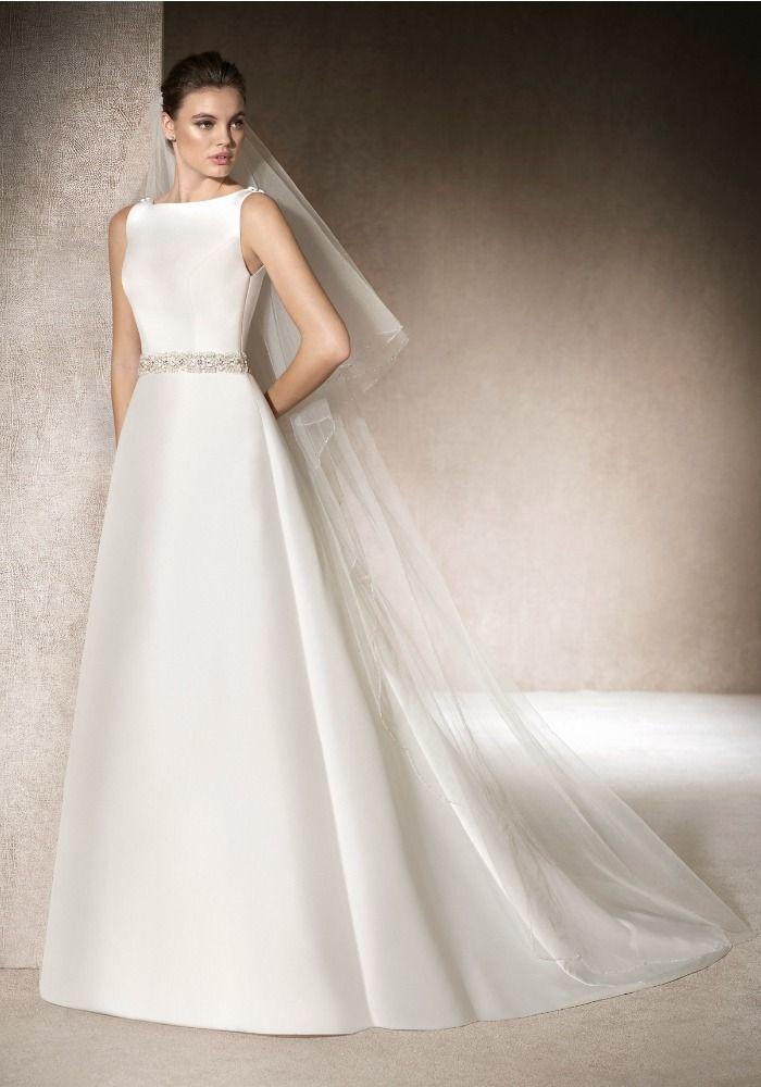 Best 25+ Boat neck wedding dress ideas on Pinterest ...