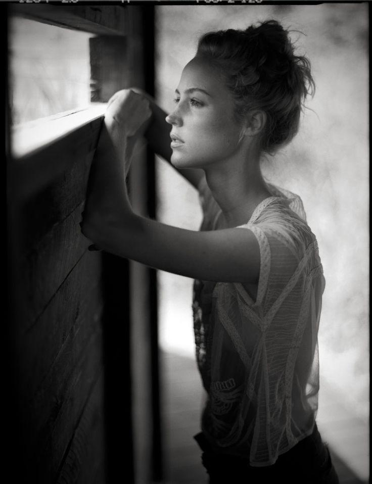 Jan Scholz One Of My Most Inspiring Photographers Amazing Use Window Light