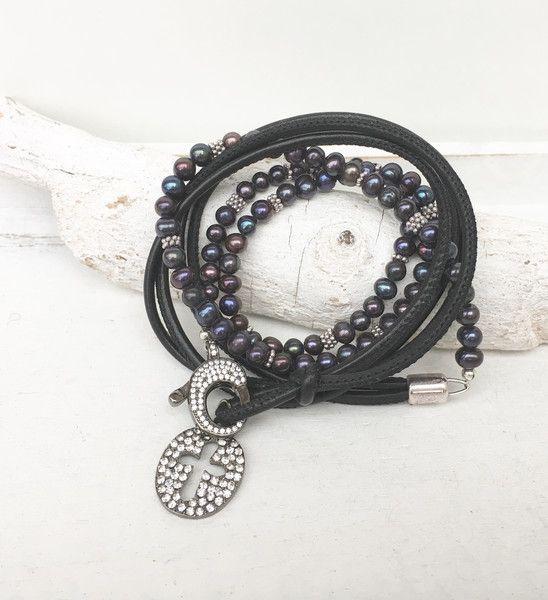 Wickelarmbänder - Wickelarmband - Leder - Perlen - - ein Designerstück von moanda bei DaWanda