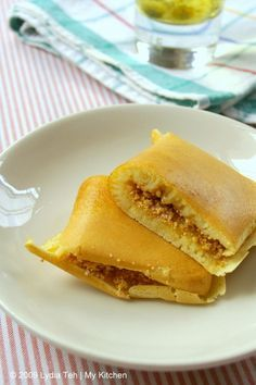 My Kitchen: Apam Balik (慢煎糕 / Peanut Pancake)Batter 1 egg 2 tbsp sugar 1 cup full cream milk (may not need all) 1 tsp vanilla essence 1 cup self-raising flour ¼ tsp baking soda Pinch of salt (if using salted butter, omit this) 1 tbsp cooking oil (I used sunflower oil)
