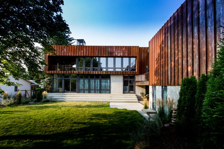 Wren House is a sustainable house, a residential project built with sustainability in mind, for the homeowner with deep respect for environment.