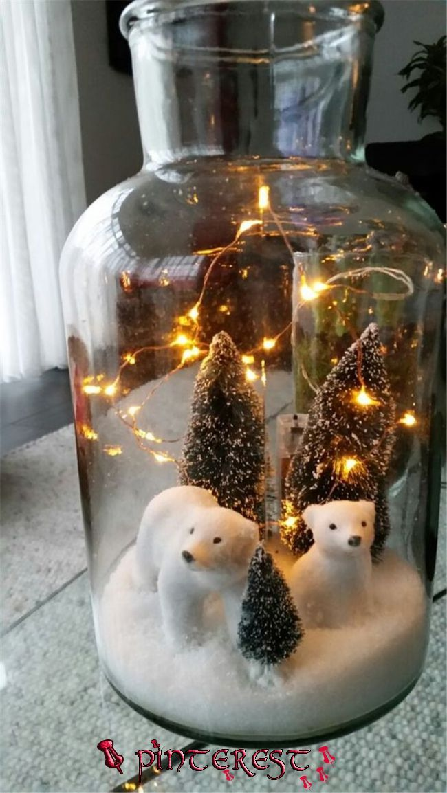 Pin By America S Supermom On It S The Little Things In 2020 Christmas Centerpieces Diy Christmas Desk Decorations Christmas Centerpieces