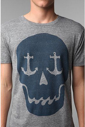I'm nautical and I like Skulls..although made for a man, it would look good on this woman. omg<3 <3 <3 <3 <3