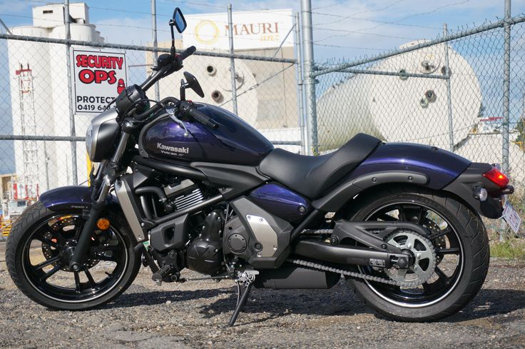 Read the full review of the Kawasaki Vulcan S cruiser. Photos by David Cohen (http://www.bigdavesplace.co/)
