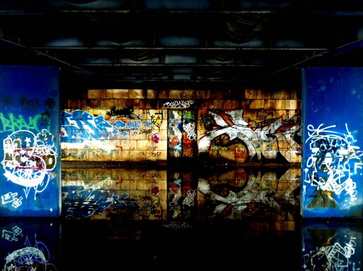 graffity under the bridge