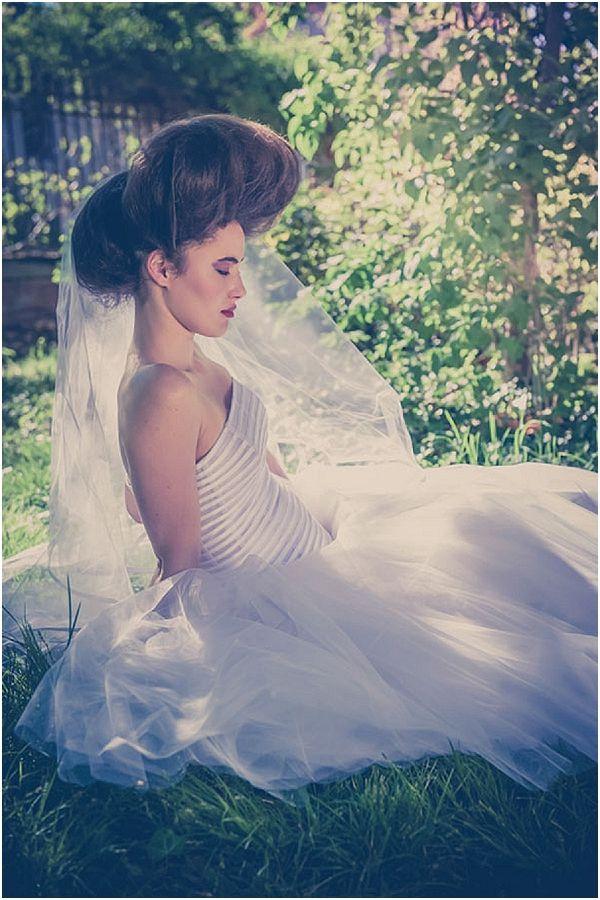 Big wedding hair , Image by  Sandra Hygonnenc, read more http://www.frenchweddingstyle.com/dreamlike-pompadour-wedding-inspirational-shoot/