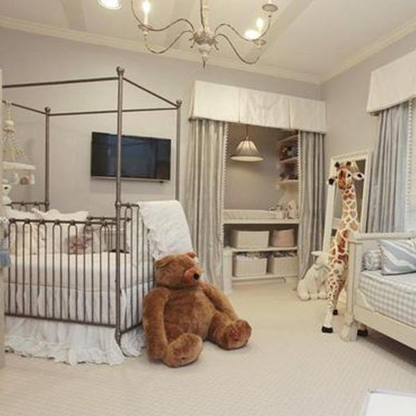This crib.