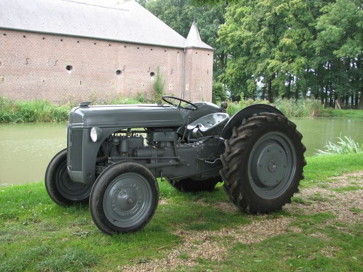 1940 Ford 9n Ford Tractors Pinterest