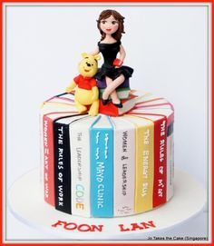 Book Lover - Cake by JoTakestheCake