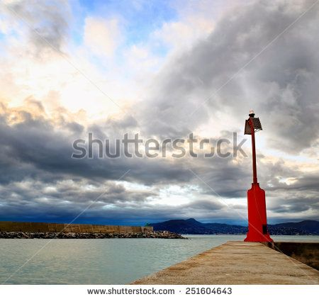 lighthouse to the Chiavari harbor entrance