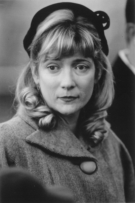 Glenne Headly (March 13, 1955-June 8, 2017). She passed away from complications of a pulmonary embolism at age 63.