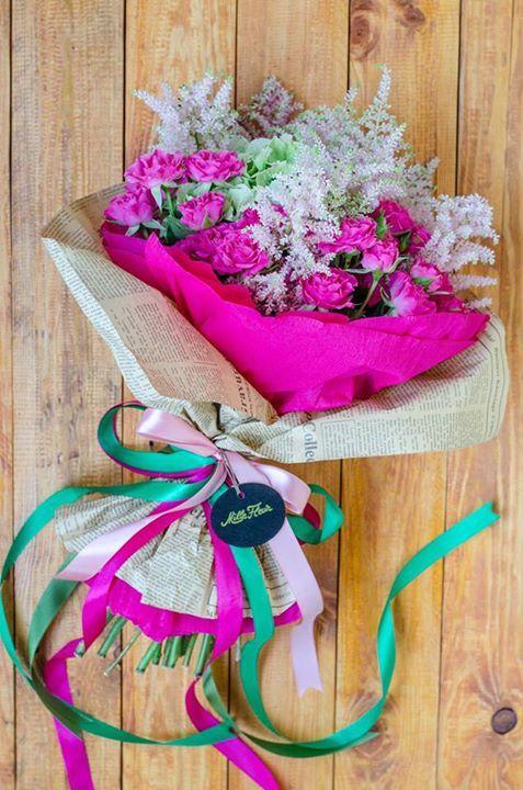 PINK AND GREEN MILLE FLEUR CREATION #millefleur #pink #green