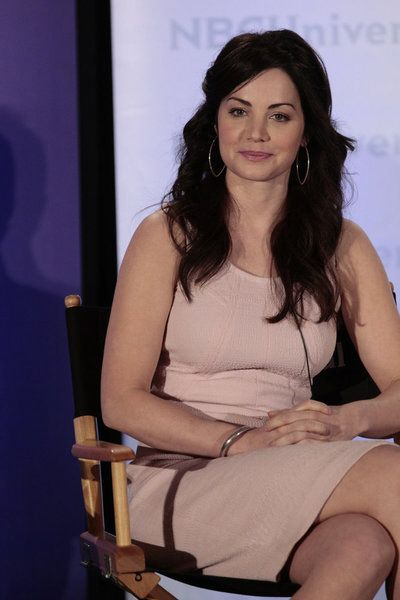 Erica Durance, Michael Shanks star in NBC's Saving Hope. Pilot date: Thursday June 7, 2012