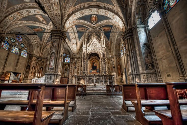 Orsanmichele Church and Museum - Florence. The Gothic Church of Orsanmichele - Interior.