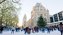 CANNAE WAIT to hit the ice this Christmas! My absolute favourite winter pastime. Yayayayayayay.   Ice Rink | Natural History Museum