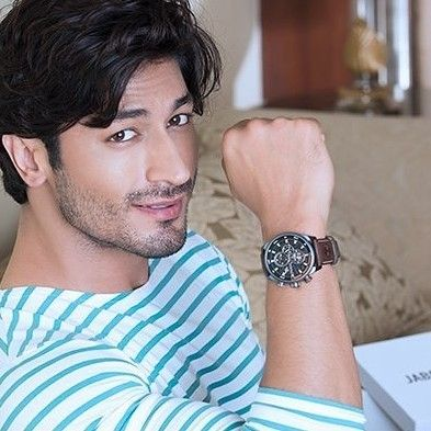 Flawlessly constructed with outdoor-tested materials and featuring a functional design to keep time in rugged style, Timberland Watches coming soon to #Jabong! @VidyutJammwal