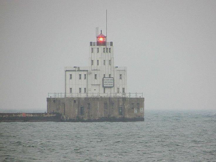 milwaukee-sentinel-in-the-mist-12-15-12.jpg (960×720)