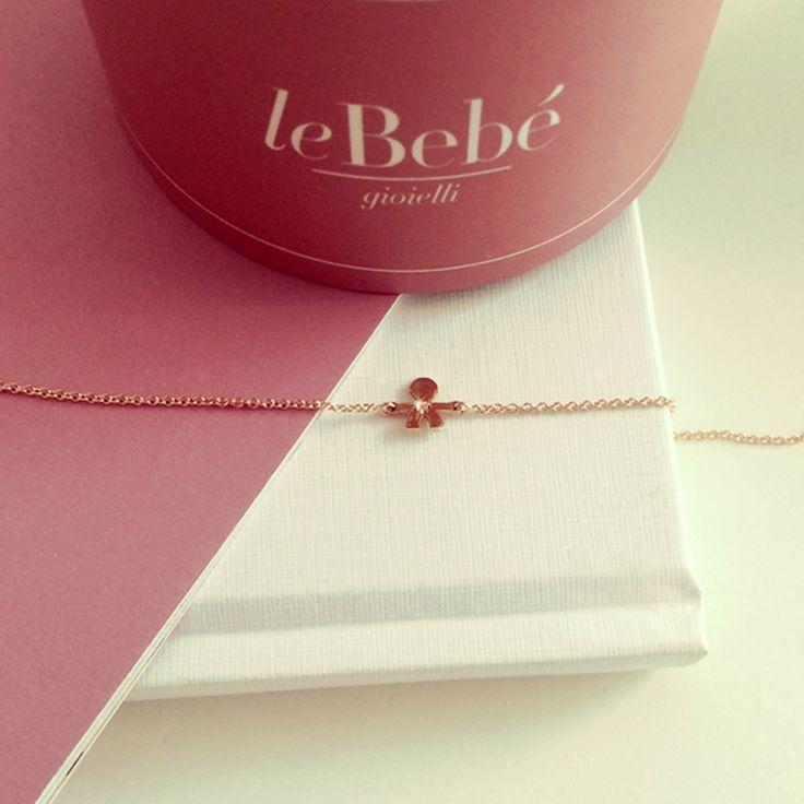 I Bracciali rosa linea le Briciole, in oro rosa e diamante, catena maglia rolò regolabile in lunghezza. :)  http://www.lebebegioielli.com #fieradiesseremamma #lebebé #gioielli #bracciali