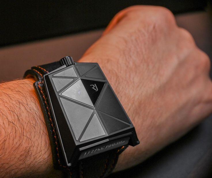 Romain Jerome Spacecraft Black Watch Hands-On