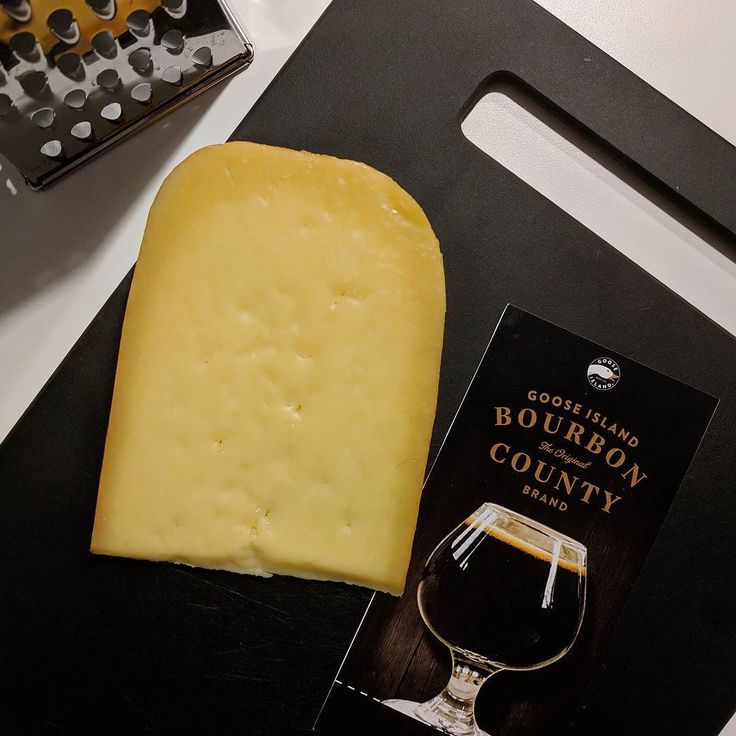 Goose Island Bourbon County Brand Stout 2017 launching in Toronto this Black Friday! Limited bottles available at  @goosetoronto's LCBO popup (600 King St. W) tomorrow at 9:30 am. @cheese_boutique will be on site for some delicious cheese pairings with the Bourbon County Stout like this delicious chunk of Bush Garden Farm's 1 Year Gouda.  #bourboncountystout #toronto