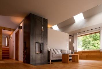 Alte Säge Peter Jungmann floss.zumofen  http://diariodesign.com/2013/06/el-arquitecto-peter-jungmann-disena-un-hotel-cabana-de-madera-y-vidrio-para-disfrutar-del-lago-weisensee/alte-sage-peter-jungmann-floss-zumofen/