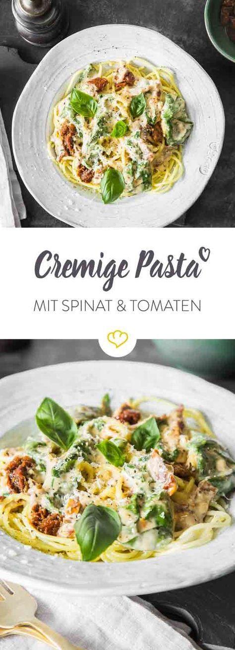 Keine Zeit für aufwändige Pasta-Klassiker? Dann mach Spaghetti mit cremiger Parmesan-Sahne-Sauce, getrockneten Tomaten und frischem Spinat.