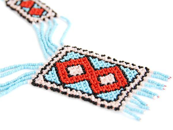 """Oryginalny naszyjnik """"Chaquira"""". Rękodzieło charakterystyczne dla krajów Ameryki Środkowej (m.in. Meksyk, Gwatemala)"""