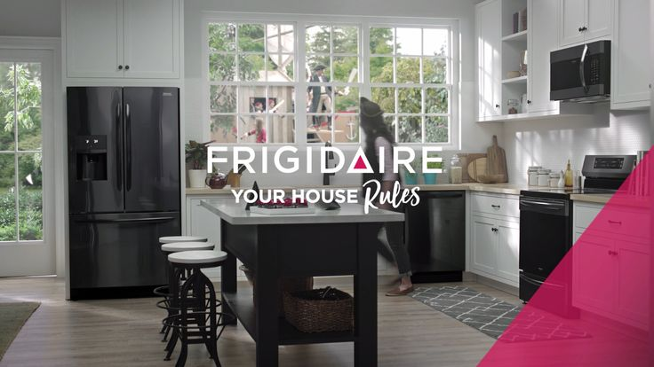 Everyone has a different recipe for life. And, whether your home is filled with pirates, princesses, or the soccer team, Frigidaire Gallery's new Smudge-Proof™ Black Stainless Steel kitchen appliances can make it even better. With refrigerators, ranges, and dishwashers that fit with any kitchen design, you will always be pirate party ready. Frigidaire—your house rules.
