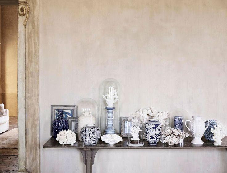 Blue-Zara-Home-accessories-on-shelf-1024x784.jpg (1024×784)