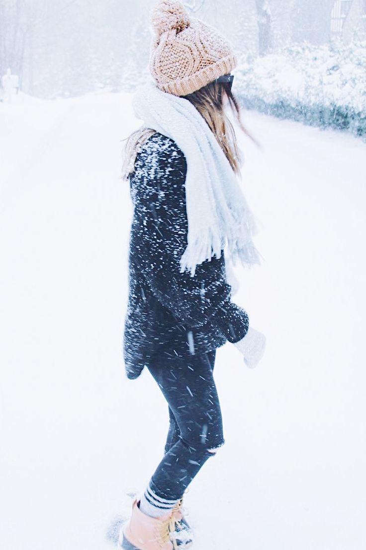 Девушки зима на аву картинки